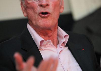 Jean-Paul Loth, ancien capitaine de l'équipe de France de Coupe Davis, lui aussi invité ès qualités. Sa parfaite connaissance du monde de la presse et son sens de l'analyse en font un juré très écouté.