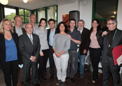 Photographie souvenir pour immortaliser cette deuxième cérémonie de remise du Prix Denis-Lalanne. Myrtille Rambion, la première lauréate, nous fait la belle surprise de rejoindre Frédéric Bernès.