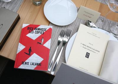 Un supplément à déguster sans réserve. Tous les jurés ont trouvé dans leur assiette, spécialement dédicacé, le dernier roman d'un certain Denis Lalanne, notre toujours inépuisable auteur aux 93 printemps !