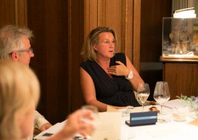 Clarisse Nénard dans le compagnonnage de Christophe Penot et de Céline Géraud. Un avis écouté.