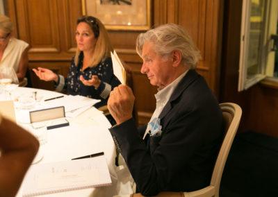 Géraldine Pons paraît circonspecte… Alain Frachon, lui, a fait son choix.