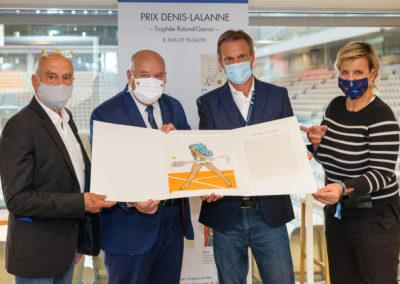 Elle est à lui ! Félicité par Pat Andrea, Bernard Giudicelli et Céline Géraud, Christian Despont a définitivement inscrit son nom au palmarès du Prix Denis-Lalanne.