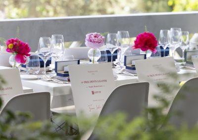 L'art de passer à table pour l'académie de Roland-Garros. La tradition de l'accueil, au nom de la Fédération Française de Tennis.