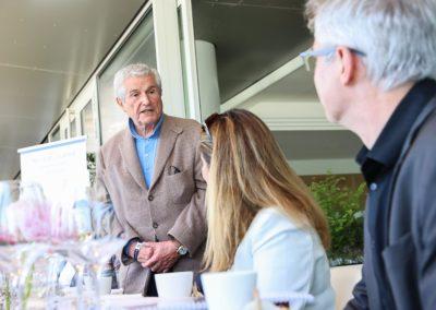 Claude Lelouch, invité d'honneur, sous le regard de Géraldine Pons et de Christophe Penot. «Mais le plus honoré, vous savez, c'est moi. Moi, qui aime tant le sport», témoigne-t-il.
