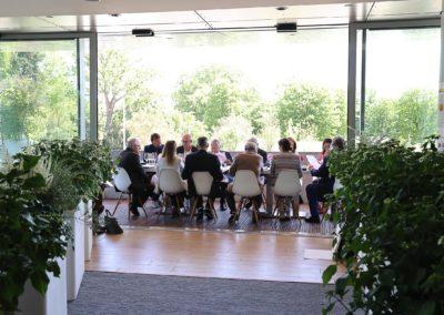 Jours d'échanges. Deux tables, douze jurés, une académie et une même passion…
