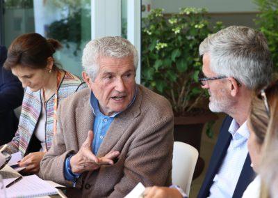 «Avec un texte pareil, j'aurais pu faire un film!», explique Claude Lelouch à Gilles Moretton. Un argument de poids.